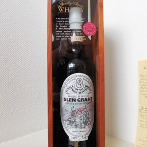Glen Grant 1960 49 years old First fill Sherry butts – Gordon & MacPhail – b. 2009 – 70cl