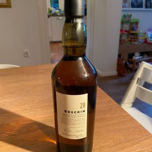 North Port 1977 28 years old Diageo Special Releases 2005 – b. 2005 – 70cl