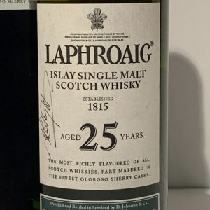 Laphroaig 25 years old – Original bottling – b. 2007 – 70cl