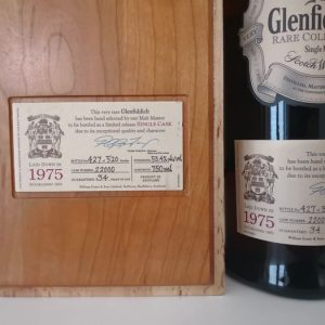 Glenfiddich 1975 34 years old Rare Collection – Cask 22000 – One of 520 – Original bottling – 750ml